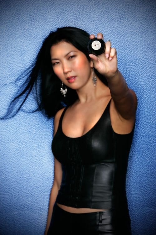 JEANETTE LEE with 8-ball
